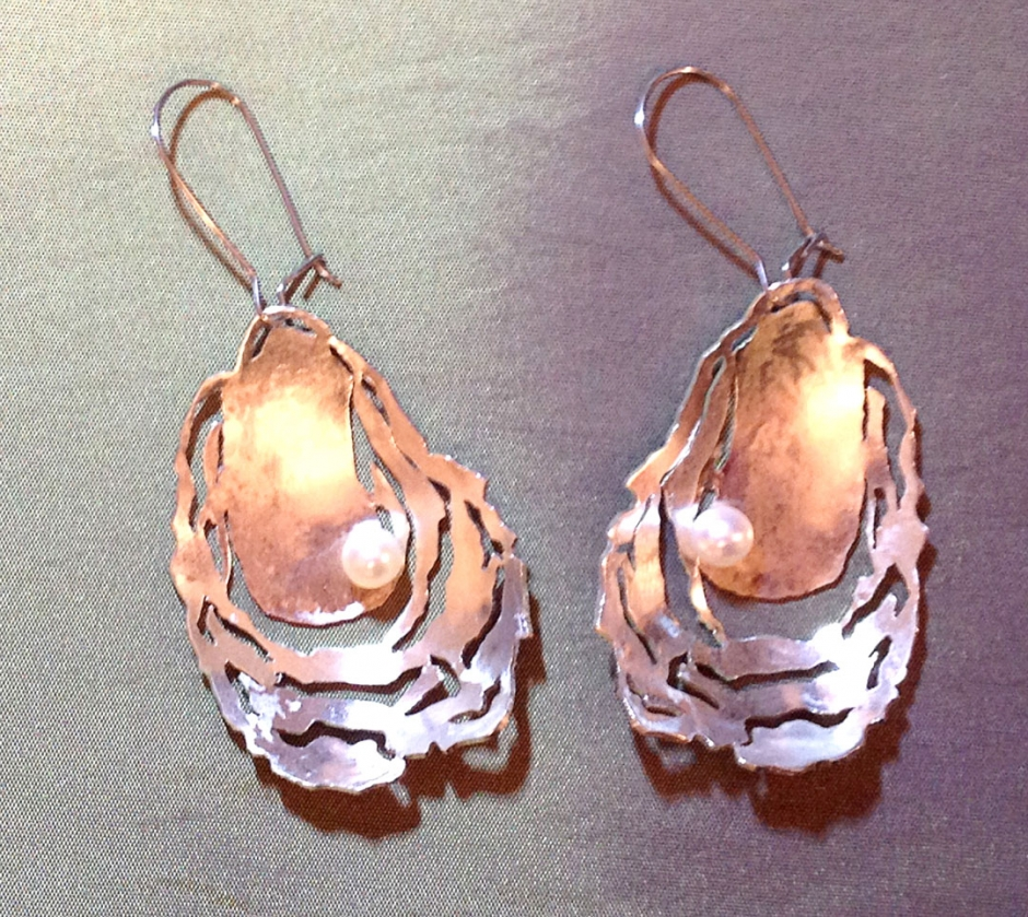 oyster earrings