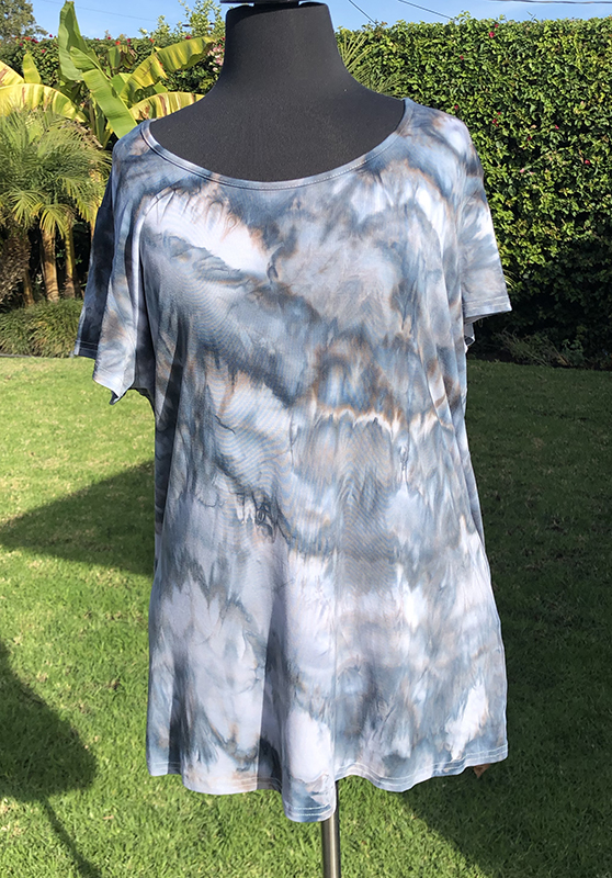 size XL black and gray ice dyed rayon tee